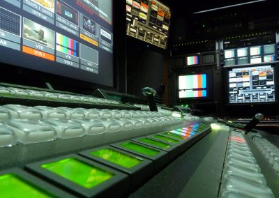 outside broadcast screen hire